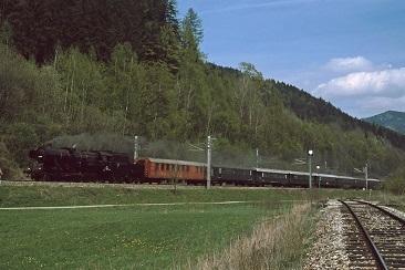 212002-524984-2003-05-02d-Honigsberg-1