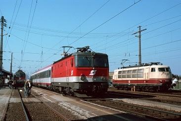 IVAm-7-April-2006-Treffen-in-Leibnitz-DB-103-245-mit-1044-029-und-1142-613