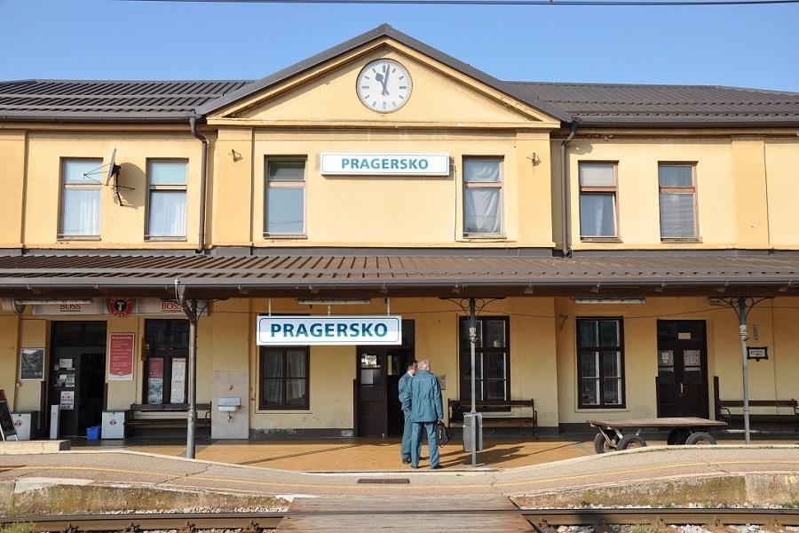 IKM-30798-Bahnhof-Pragersko-am-22-Dezember-2010