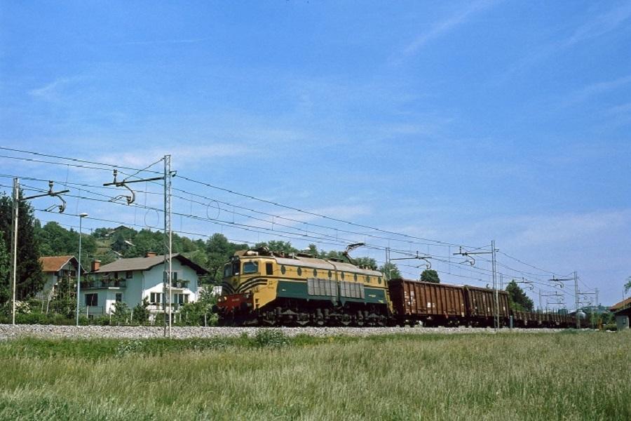 KM-32300-die-362-026-in-Poljcane-am-19-Mai-2003