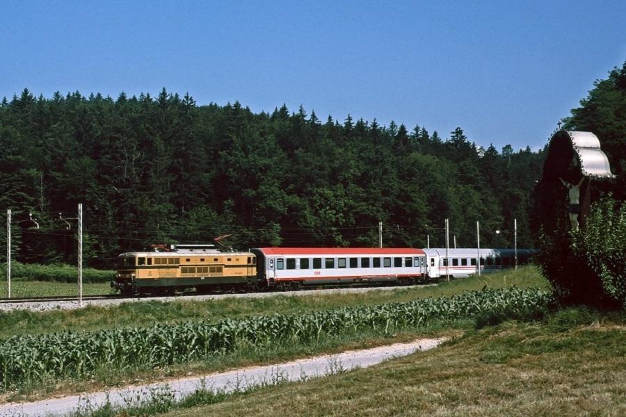 KM-32965-der-342-EC157-in-Ostrozno-am-27-Juni-2006