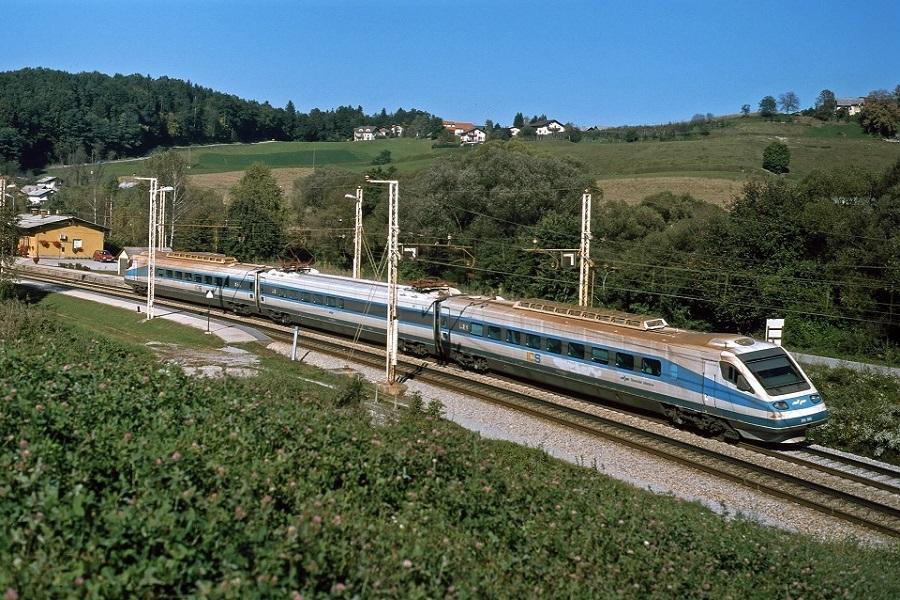 KM-33781-der-310-01-002-ICS909-in-Ponikva-am-30-September-2002