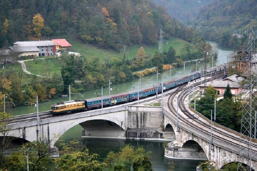 KM-38013-342-R-Zidani-Miost-16102008